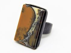 Leather ring with dendritic agate. di HelgaDream su Etsy