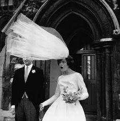 10 unforgettable wedding moments.