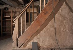 Zugang Vorderhaus 1. OG Stairs, Home Decor, Blue Houses, 18th Century, Restoration, Architecture, Ladders, Homemade Home Decor, Stairway