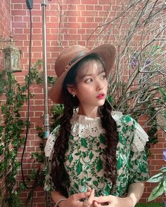 Discover recipes, home ideas, style inspiration and other ideas to try. Snsd, Iu Hair, Robin, Korean Actresses, Korean Actors, Korean Singer, Kpop Girls, Korean Girl, Korean Fashion