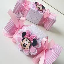 Risultati immagini per Caixa de Bala Mickey Mouse template Mickey Mouse Template, Minnie Mouse Theme, Minnie Birthday, Baby Birthday, Diy Gift Box, Mouse Parties, Baby Shower Decorations, Gifts, Ideas