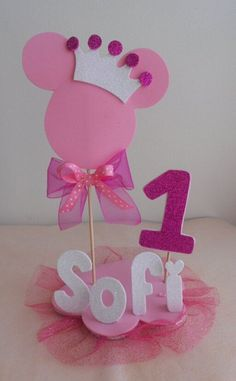 Minnie mouse pink centerpiece minnie party decoration first Minnie Mouse Birthday Decorations, Minnie Mouse First Birthday, Minnie Mouse Pink, Mickey Birthday, Mickey Party, First Birthday Parties, Birthday Party Themes, Pink Centerpieces, Mouse Parties