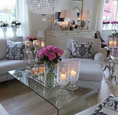 Presents for you the best designs about shabby-chic living room ideas; farmhouse style, rustic, simple, romantic, etc. Shabby Chic Living Room, Shabby Chic Homes, Shabby Chic Decor, Living Room Decor, Romantic Living Room, Living Rooms, Home Design, Interior Design, Home Decor
