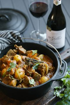 "Cape-style lamb curry potjie ""t is cooked on both sides on the grill. Lamb Recipes, Curry Recipes, Cooking Recipes, Healthy Recipes, South African Dishes, South African Recipes, Ethnic Recipes, Lamb Curry, Lamb Stew"