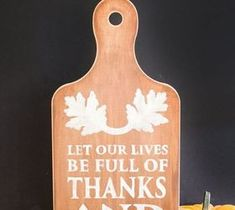 """DIY Pallet ideas for Home: """"Full of Thanks & Giving"""" DIY Wall Hanging"""