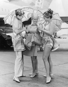 southwest braniff airlines stewardess pictures