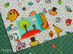 Colchas Quilting, Bordado Popular, Mickey Y Minnie, Pot Holders, Notebook, Kids Rugs, Quilts, Crafts, Decor