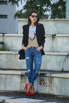 I love Fita Métrica: Dots scarf & Red shoes