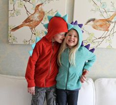Little Dinosaur Hoodie Tutorial | Your kids will look fun and fierce with this dinosaur hoodie!
