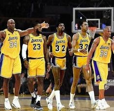Who's stopping them? : lakers - Sports NEWS Kobe Bryant 24, Lakers Kobe Bryant, Shaquille O'neal, Magic Johnson, Chicago Bulls, Nike Nba, Mvp Basketball, Basketball Stuff, Basketball Legends