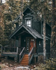 Tiny House Cabin, Tiny House Living, Tiny House Design, Cabin Homes, Log Homes, Home Design, Tiny Houses, Cabin Design, Dream Houses