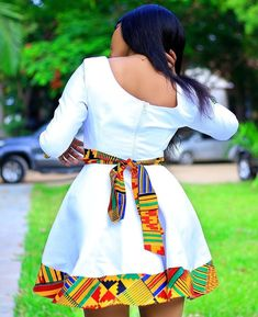 Top 2019 Ankara Fashion Styles - Ankara Lovers There are toons of Ankara styles for ladies trending in the year Picking the … African Fashion Ankara, Latest African Fashion Dresses, African Print Fashion, Africa Fashion, Modern African Print Dresses, Short African Dresses, African Traditional Dresses, Short Dresses, Look Fashion