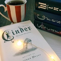 Day 24: squad goals  #lilbookishseptember  I absolutely love the characters from the Lunar Chronicles. They are definitely squad goals. Who did you pick for squad goals?