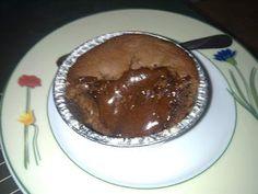 Σουφλέ σοκολάτας με Lacta!!! ~ ΜΑΓΕΙΡΙΚΗ ΚΑΙ ΣΥΝΤΑΓΕΣ 2 Bon Appetit, Sweet Recipes, Pancakes, Food And Drink, Pudding, Tasty, Sweets, Baking, Breakfast