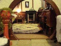 Hobbit hole: Hobbit hole living room
