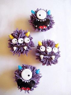 These adorable monster cupcakes make me wish they were in stuffed animal form too so I could hug them. Cute cute cute!