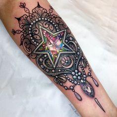 Celebrate Femininity With 50 Of The Most Beautiful Lace Tattoos You've Ever Se. - Celebrate Femininity With 50 Of The Most Beautiful Lace Tattoos You've Ever Seen - Dotwork Tattoo Mandala, Tattoo Henna, Forearm Tattoos, Tattoo You, Body Art Tattoos, Side Tattoos, Samoan Tattoo, Feminine Tattoos, Girly Tattoos