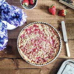 Rhubarb crumble tart for tea.