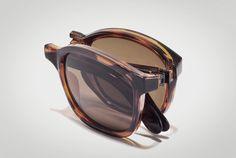 folding shades / men's style