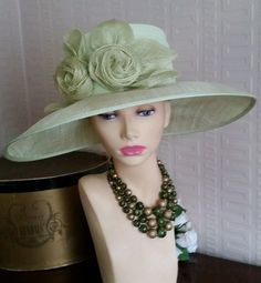c59ba126640 STUNNING SOFT GREEN WIDE BRIM WEDDING RACES HAT BY CAPPELLI CONDICI in  Clothes