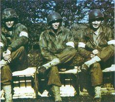 images 2nd armored ww2 | la mi-Juin 1944 ces infirmiers de la 2nd Armored Division US on les ...