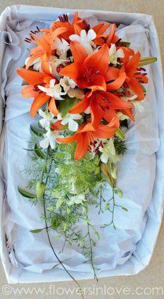 TANIA & JOEL   Flowers in Love