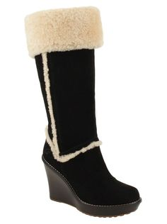 Love these boots, not only are they comfy, but they're cozy and perfect for winter super cute,suitable for winter prices only $39.