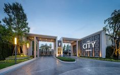 THE CITY BANG-YAI BY AP / STUDIO JEDT on Behance Main Gate Design, Entrance Design, Facade Design, Fence Design, Exterior Design, House Design, Modern Entrance, Modern Fence, Residential Architecture
