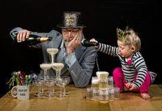 Maak kennis met Dave Engledow. Deze fotograaf heeft niet zo veel met de standaard vader-dochter kiekjes....