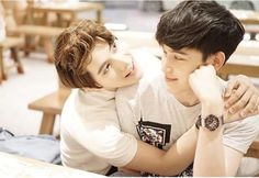 hugs and love Gay Couple, Couple Posing, Gay Aesthetic, Couple Aesthetic, Boy And Girl Best Friends, Group Poses, Ulzzang Couple, Boyfriend Goals, Young Love