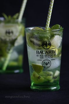 Drink z bacardi i cydrem - Magia w Kuchni Keto Recipes, Cake Recipes, Bacardi, Mojito, Sugar Free Desserts, Irish Cream, Cocktails, Drinks, Keto Diet For Beginners