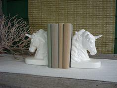 Oh god I kind of want these...Vintage Ceramic Unicorn Bookends #unicorn
