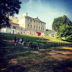 Kenwood House a beautiful place to spend a day. Great cafe and restaurant. Sunday storytelling for kids