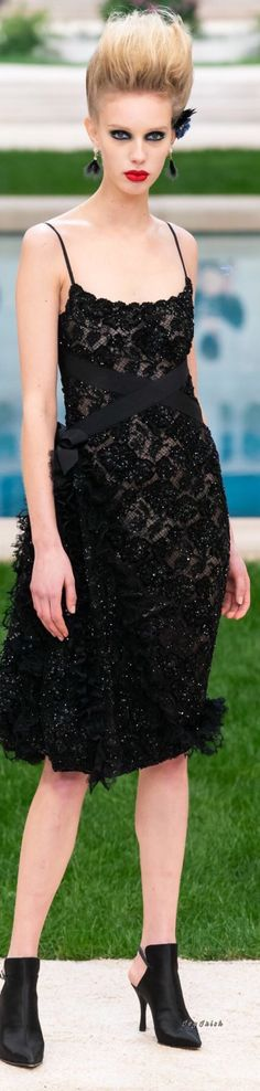 84153ac4fa8 Chanel Spring 2019 Couture  Chanel Couture Chanel