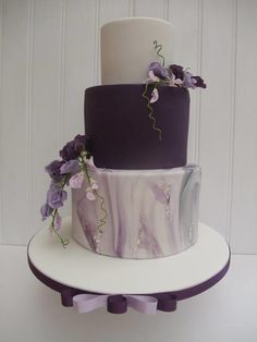 Modern Wedding Cakes No flowers, do in rose gold tones. Maybe make one cake sparkly. Do biggest cake just regular white cake with butter cream, do second largest cake coconut flavored and smallest cake raspberry filled. Use gold bday topper like - Wedding Cake Fresh Flowers, Purple Wedding Cakes, Plum Wedding, Eggplant Purple Wedding, Dark Purple Wedding, Purple Cakes, Elegant Cakes, Wedding Cake Designs, Marie