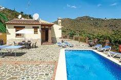 Superbe villa située dans un cadre de campagne calme, avec piscine privée, jacuzzi, climatisation ainsi que de grands espace
