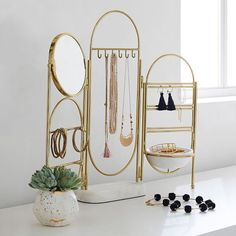 Marble and Gold Jewelry Holder Screen