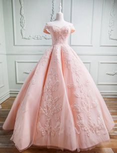 Pink Party Dresses, Quince Dresses, Sweet 16 Dresses, Sweet Dress, Pretty Dresses, Awesome Dresses, Light Pink Quinceanera Dresses, Wedding Dresses, Elegant Dresses