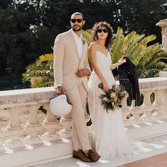 Find the right suit color for your look with our simple guide to men's wedding suits, complete with tips and inspiration for choosing wedding suits for men. Mens Wedding Tux, Wedding Suits, Wedding Dresses, Celebrity Wedding Photos, Celebrity Weddings, Aruba Weddings, Groom Tux, Black Tux, Groom Outfit