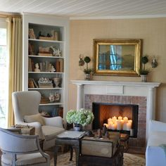 California beach cottage in Santa Monica by Giannetti Home My Living Room, Home And Living, Living Room Decor, Living Spaces, Candles In Fireplace, Cabin Fireplace, Fireplace Ideas, Design Blog, Design Ideas