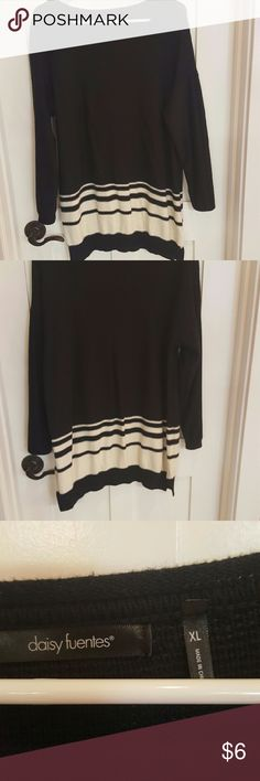 Sweater Fun sweater for work or play. Length 31 inches. Very comfy. Excellent condition no stains or tears. Daisy Fuentes Sweaters Crew & Scoop Necks