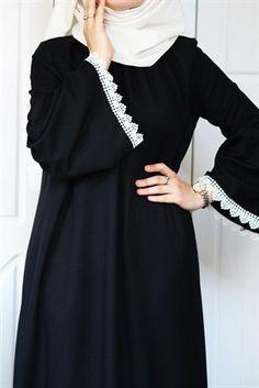 Hijab styles 662662532653566185 - Pembe Dantel Elbise Source by elifkadriyeentr Hijab Elegante, Hijab Chic, Hijab Dress Party, Hijab Style Dress, Abaya Fashion, Muslim Fashion, Fashion Outfits, Sleeves Designs For Dresses, Prom Dresses With Sleeves