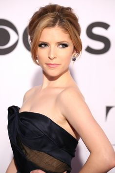 Anna Kendrick - Beautiful hair colour & makeup