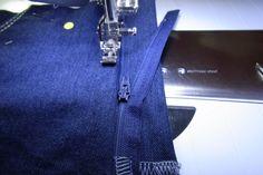 Zelf je perfecte spijkerbroek maken 1 » BERNINA Blog Denim Crafts, Handmade Christmas Gifts, Hermes Birkin, Diy And Crafts, Trousers, Sewing, Blog, Pattern, Clothes