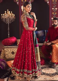 You are in the right place about Bridal Outfit street styles Here we offer you the most beautiful pi Pakistani Fashion Party Wear, Pakistani Wedding Outfits, Pakistani Wedding Dresses, Pakistani Dress Design, Bridal Outfits, Indian Fashion, Desi Wedding Dresses, Party Wear Dresses, Wedding Wear