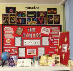 Love the Roman Mosaics! Teaching Displays, Class Displays, Classroom Displays, Ks2 Display, Display Ideas, Romans Ks2, Rome Activities, Rome History, Ancient History