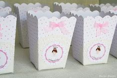 Cajitas palomitas Candy bar comunión niña Merbo Events Candy Bar Bautizo, Candy Bar Comunion, Happy Party, Gold Baby Showers, Ideas Para Fiestas, Birthday Decorations, Pink White, Blog, Color Rosa