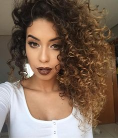 Best Ombre For Curly Hair - Short Curly Hair Ombre Hair ombre curly hair Curly Balayage Hair, Blonde Curly Hair Natural, Highlights Curly Hair, Ombre Curly Hair, Colored Curly Hair, Short Curly Hair, Curly Hair Styles, Natural Hair Styles, Natural Curls