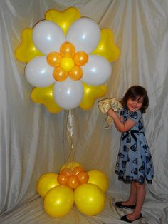 Made by Patricia Balloona, http://patriciaballoona.wordpress.com/2014/01/26/312th-balloon-sculpture-blossoming-romance/