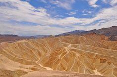 BlondeTravelGirl - View Point, Death Valley Nationalpark, USA
